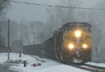268 - CSXT 400 EB on the T40205 in falling snow passing the Reusens Defect Detector